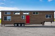 tiny house on wheels 2.jpg