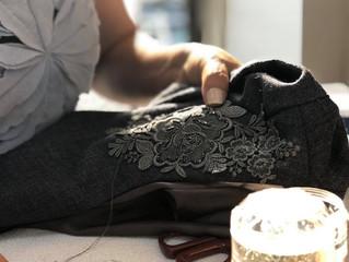 ビーズ刺繍のエレガントワンピース