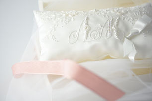リボン刺繍のリングピローキット.jpg