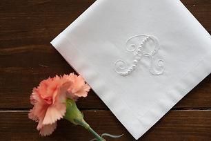 ビーズ刺繍のハンカチ.jpg