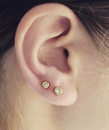 24-ear-lobe.jpg