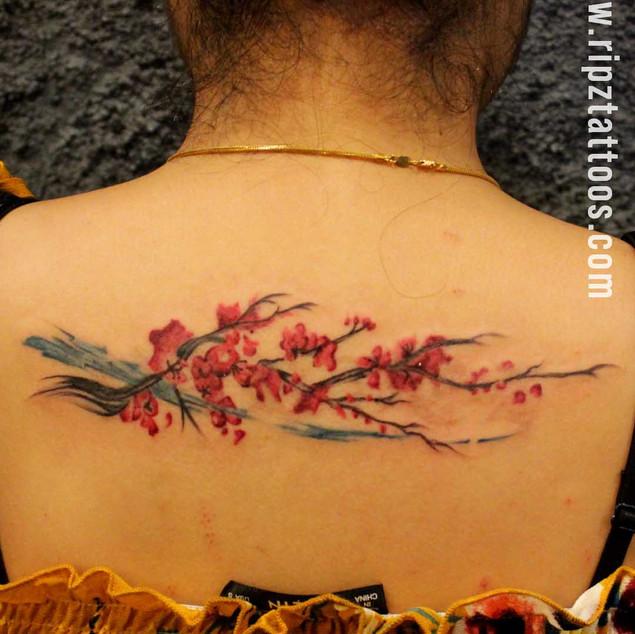 Floral-back-tattoo-by-ripz-tattoo-guwahati
