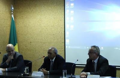 GOVERNO ANUNCIA NOVO MODELO PARA OFERTAR AO MERCADO ÁREAS EM DISPONIBILIDADE PARA MINERAÇÃO