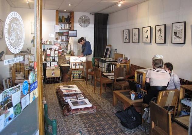 Galerie-café_La_Vina.JPG