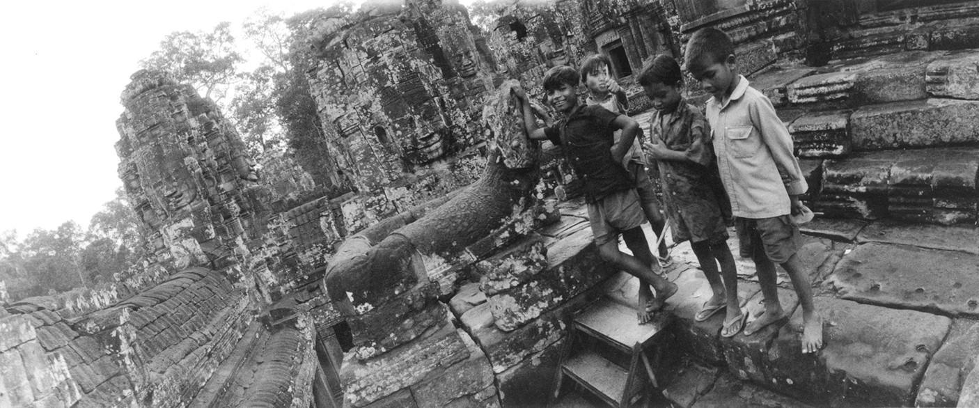 Matthieu Verdeil, Angkor 1999 (14).jpg