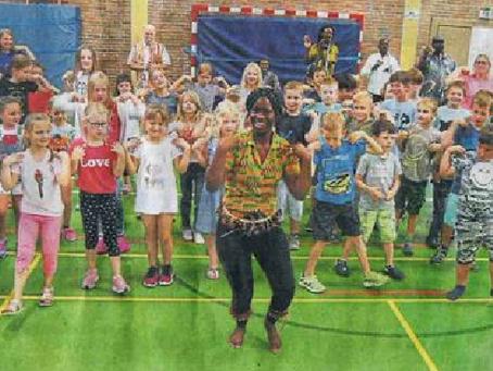 Bei der Projektwoche im Westerwald kommen sich Afrika und Europa näher! Start in zwei Grundschulen!