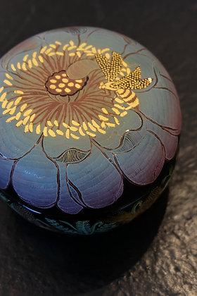 A Bee in the Lotus Shades circular box