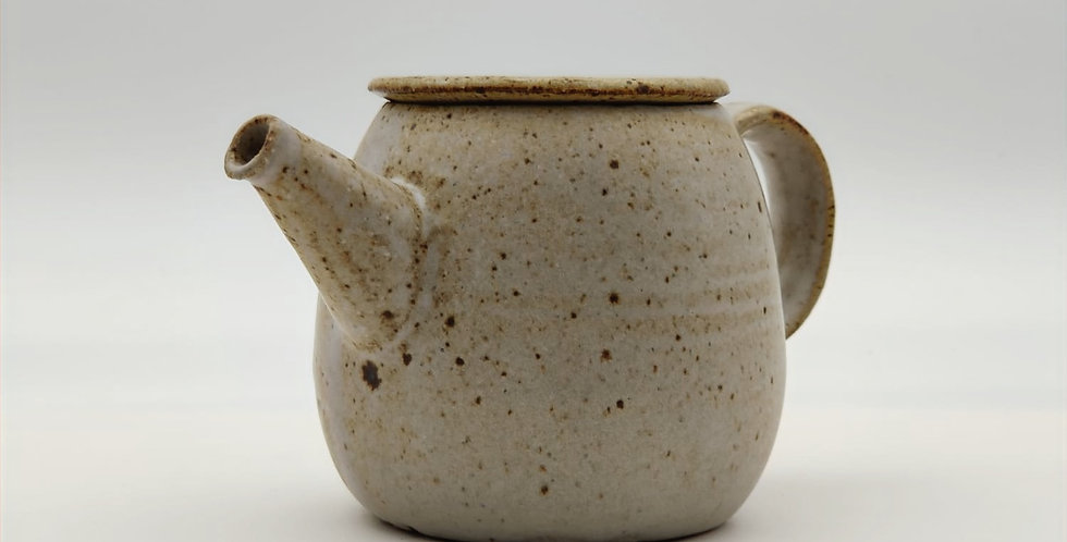 Stoneware Teapot - Cream White (L)