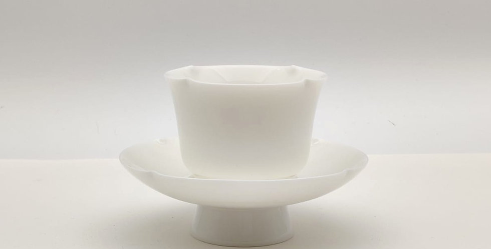 Dehua Floral-shaped Teacup with Saucer