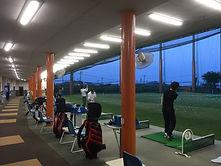 早朝ゴルフ 練習場