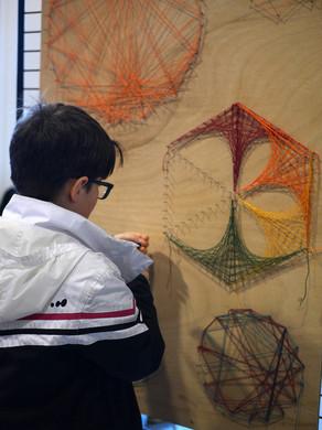 Festival Les maths dans tous leurs états, tout public, le tissage géométrique, crédits photographiques © candiD