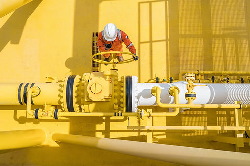 oil_worker_red.jpg