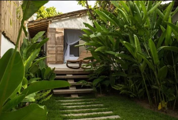 Casa_de_2_Suítes_dentro_do_Quadrado_Histórico