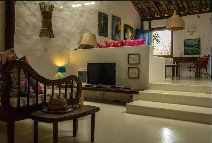 Casa_de_2_Suítes_dentro_do_Quadrado_Histórico_7