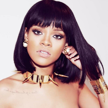 WE MAY BE GETTING A DOCUMENTARY FROM RIHANNA!!