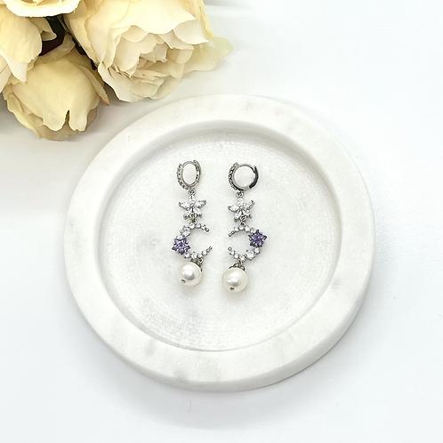 Fantasy Moon Bridal Earrings (fresh water pearl)