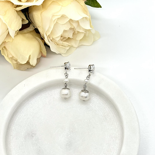 With Me Bridesmaid Earrings (fresh water pearl)