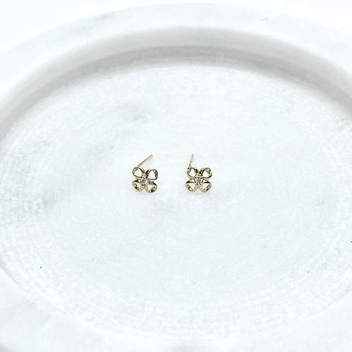 14k Solid Gold Tiny Flower Earrings
