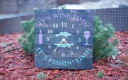 Wine Fishin Clock