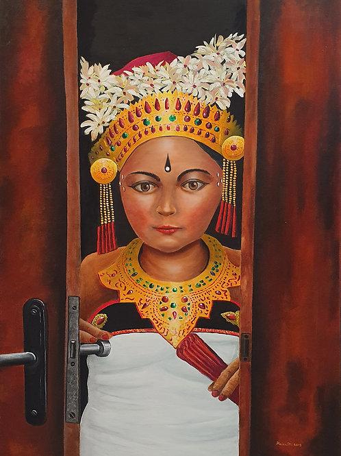 Thai dancer opened wooden door