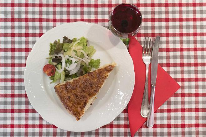 Chez l'Oncle Freddy Strasbourg winstub restaurant traditionnel la tarte à l'oignon