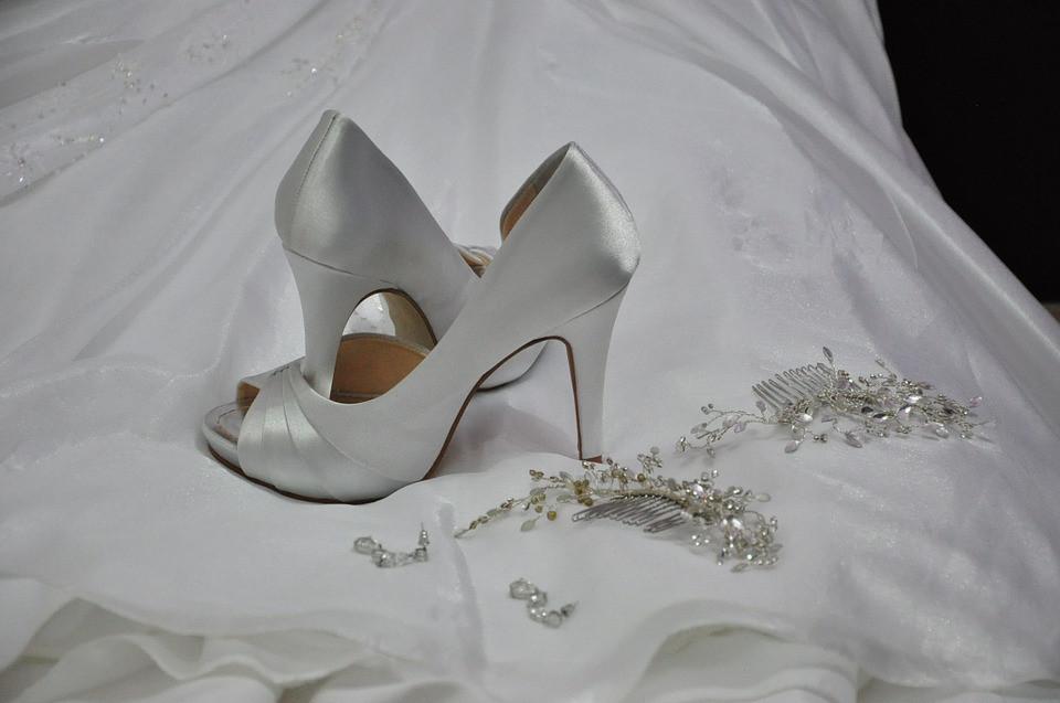 tenue-mariee-jour-mariage