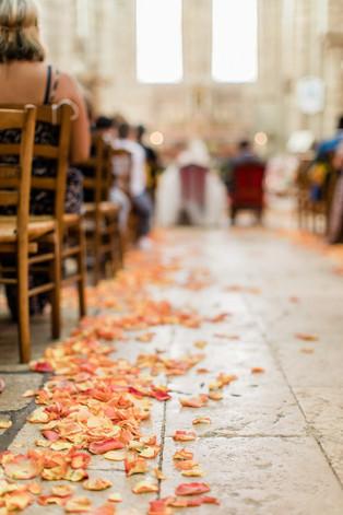 allee-petales-mariage.jpg