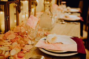 decoration-table-roses.jpg