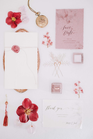 flatlay-papeterie-mariage-rouge.jpg