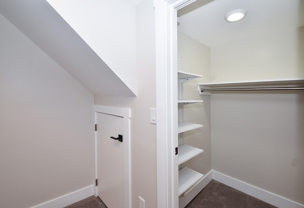 Master Walk-in - after
