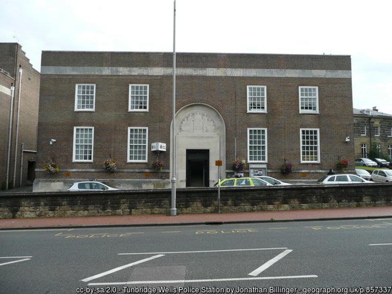 Tunbridge wells police station.jpg