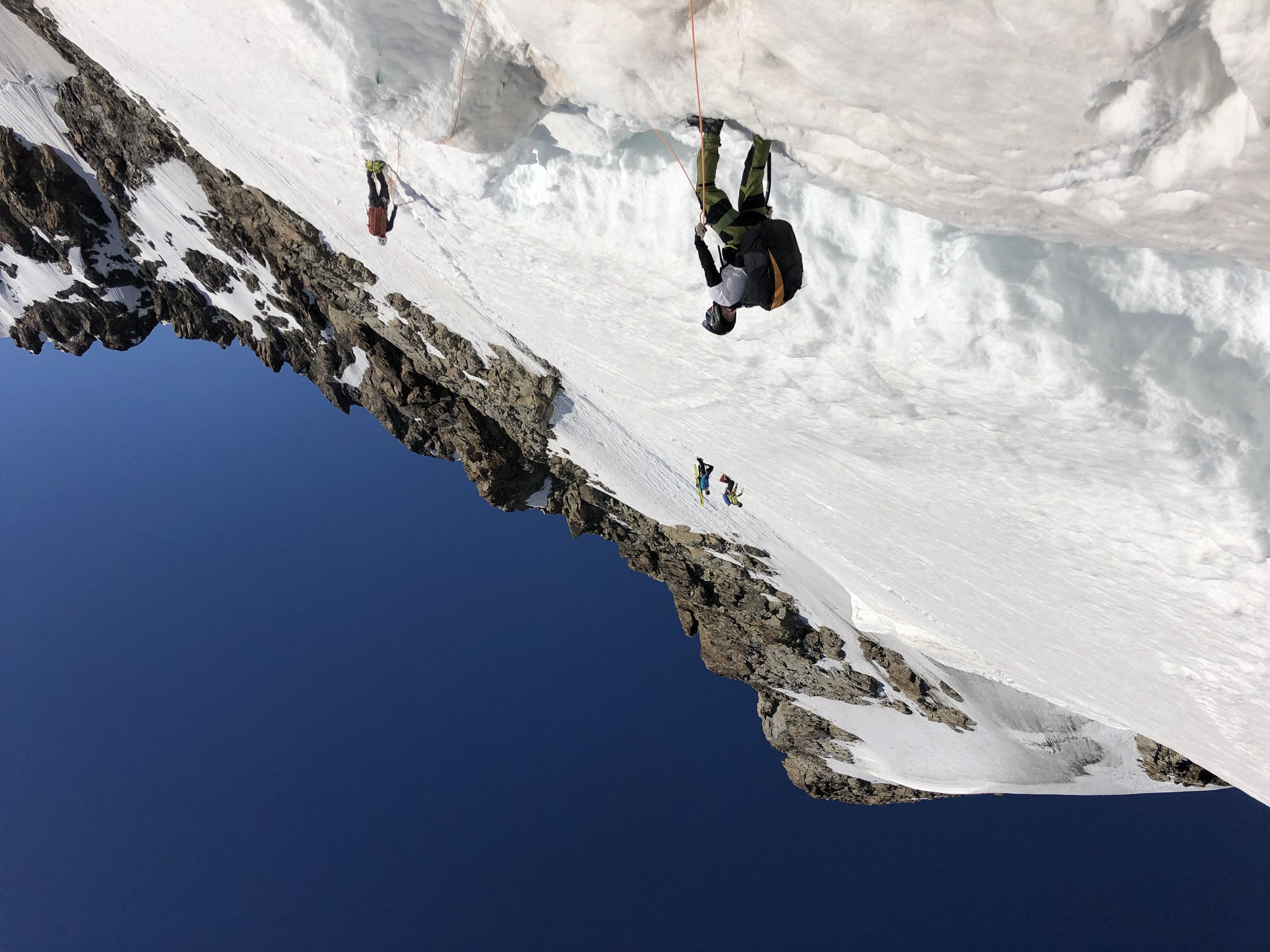 Group climbing jungfrau