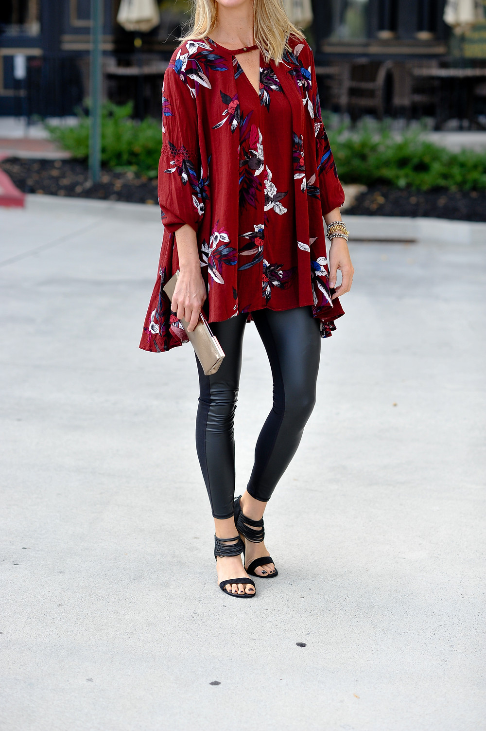 Faux leather legging outfit ideas