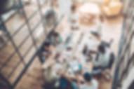 La boîte à outil des projets vidéo Heladon-Se positionner et préparer son contenu-Types de vidéos : mooc, vidéo institutionnelle, vidéo publicitaire, reportage, interview, film d'animation-storytelling- durée des vidéos- Rythme des vidéos-Classer ses vidéos au top des moteurs de recherche-Organiser et préparer le tournage-Etre à l'aise face caméra-La prise de son-Les lumières-Le cadrage-Publier et développer son audience—Communiquer avec la vidéo-Développer son audience avec YouTube-Instagram-Structurer le contenu vidéo-Comment intégrer la vidéo dans une stratégie marketing ?