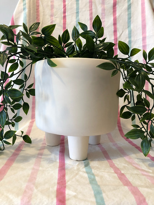 Tipple Footed Extra large Plant Pot