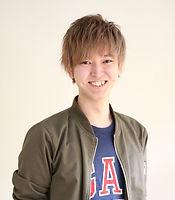 前田さん_edited.jpg