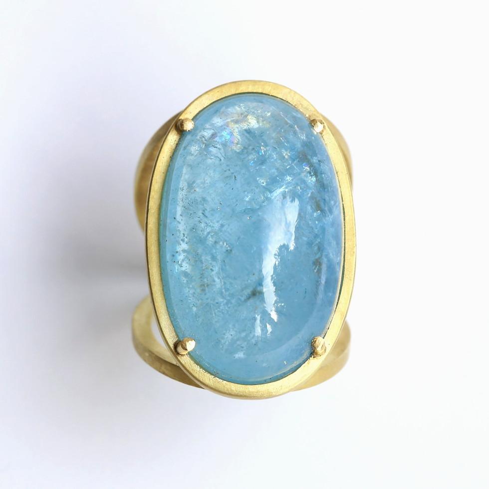 Aquamarincabochon-Ring