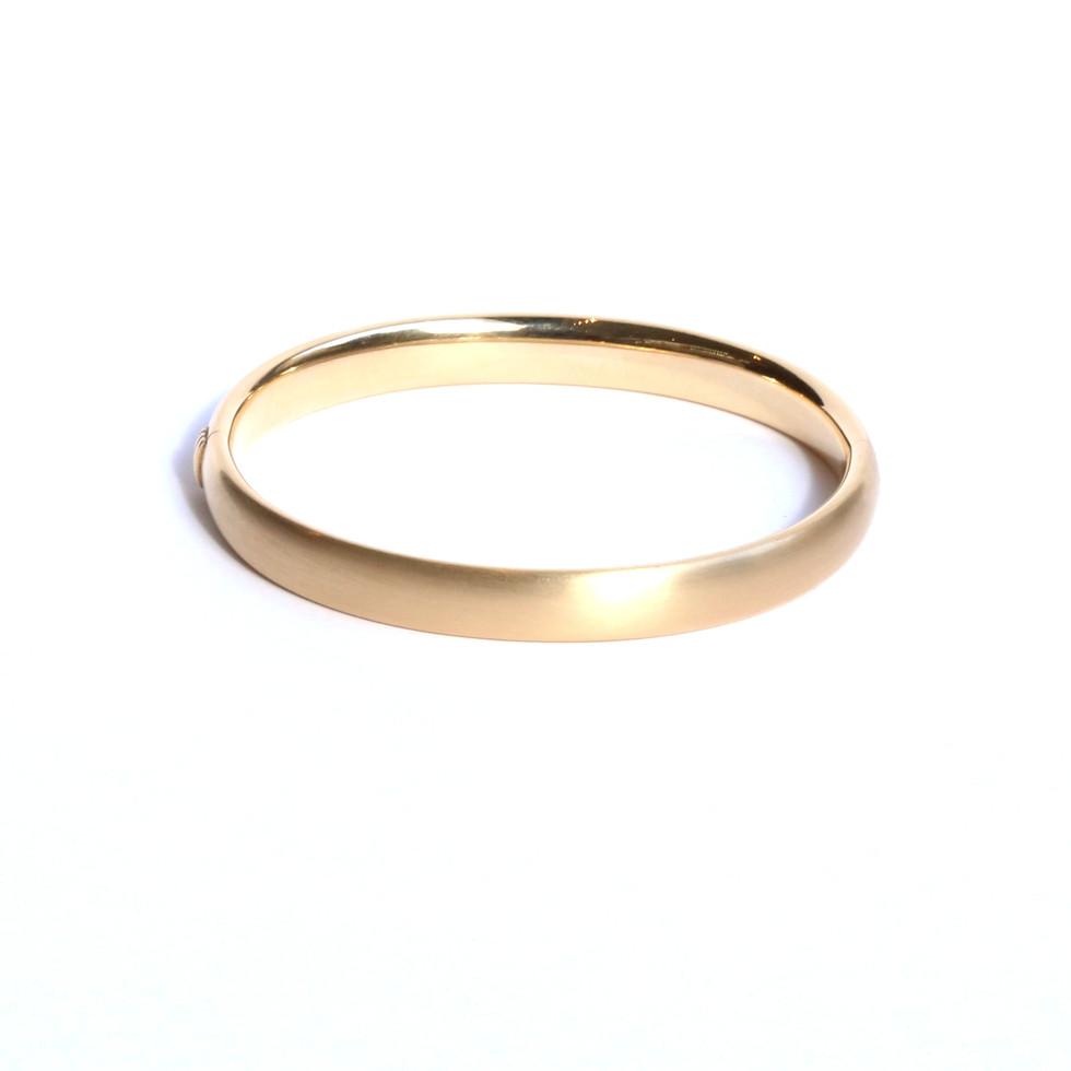 Dicker Gold-Armreif