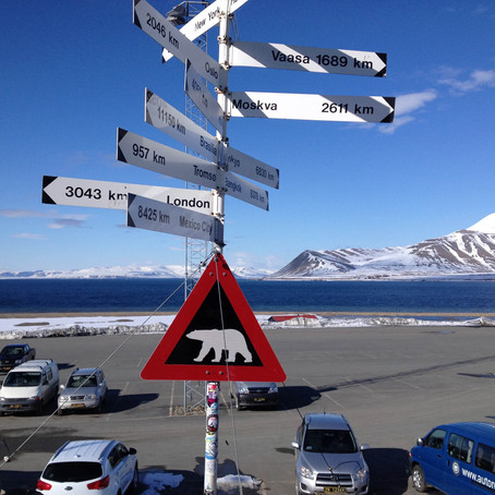 Back to Winter - Arrival in Longyearbyen