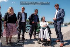 Yannick Jadot et l'équipe EELV Lyon