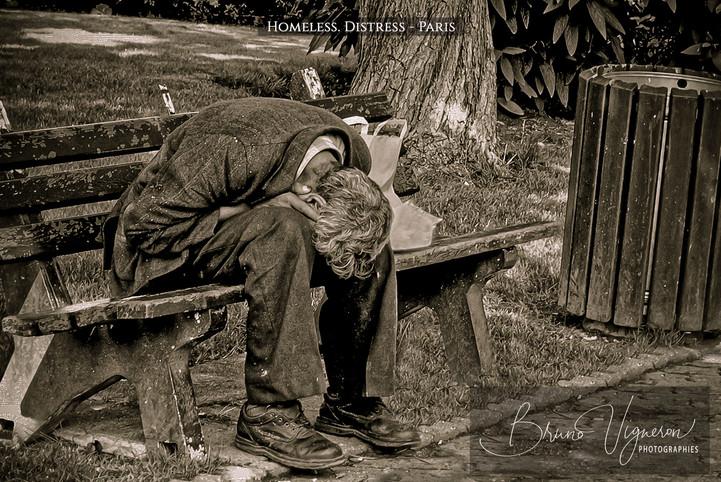 Homeless. Distress. Near Paris