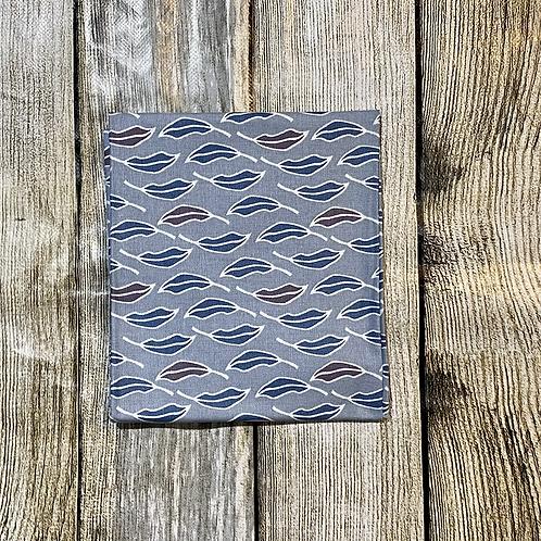 Blues Maroon Leafy Pattern