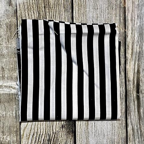 Black White Stripes Pattern