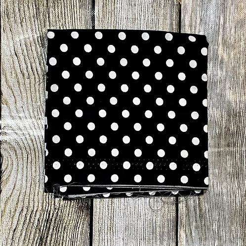 Black White Dots Pattern