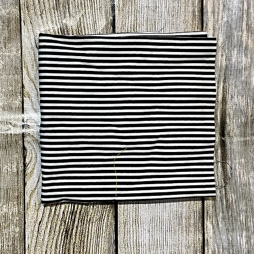 Black White Thin Stripes Pattern