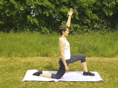 DYNAMIC STRETCHES FOR THE THIGH