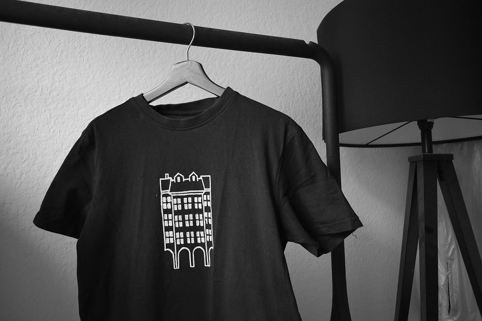 aerabaern | loubae-Shirt
