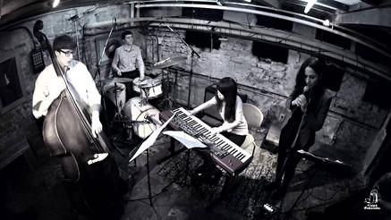 Yoonmi Choi trio + Alina Engibayan
