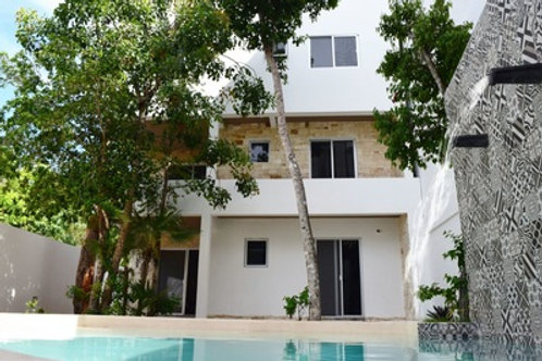 La Veleta, Tulum,  fully furnished apartment with living, air con and pool.