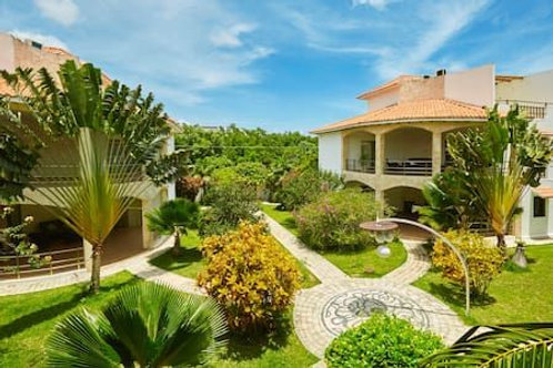 Luxury Condo Tulum Centre. 4 building, 8 apartments, pool, land 2.500 sqm.